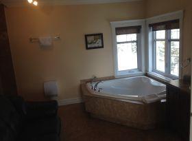 Grand bain chambre du commandant